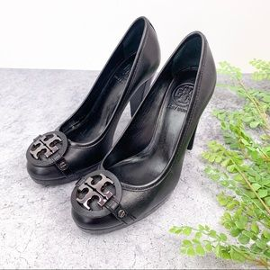 Tory Burch Calista Black Leather Logo Pumps Heels